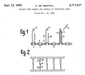 Figure included in patent US2717437A, representing the method for producing the fabric with hooks at the ends of the threads.