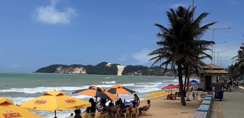 Praia de Ponta Negra com o Morro do Careca ao fundo, a poucos metros do local do evento. 16/09/18.